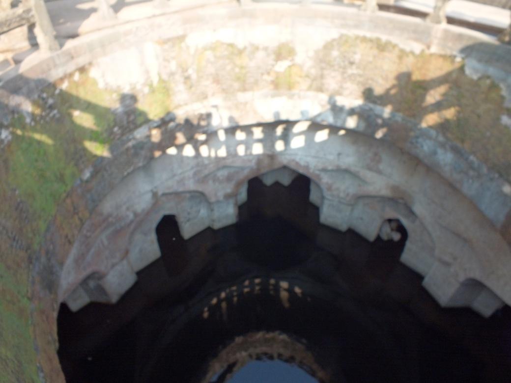 ruins4.JPG